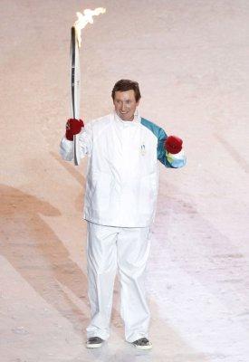 Gretzky on 50th birthday: 'Life goes on'