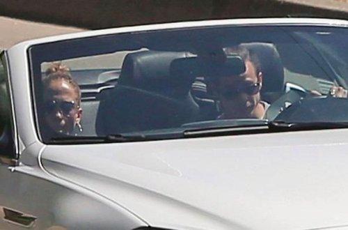 Casper Smart spotted driving with Jennifer Lopez after split