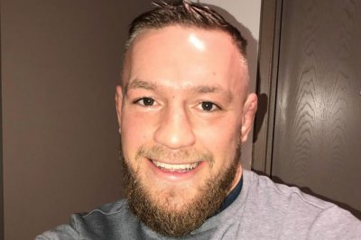 Conor McGregor sort of apologizes for jumping into MMA fight, still disses ref