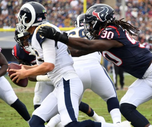 Texans negotiating long-term deal with Clowney