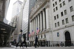 U.S. markets extend losses as tech stocks drop, travel stocks gain