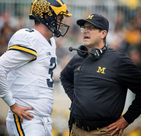 Michigan reportedly loses QB Wilton Speight to broken collarbone