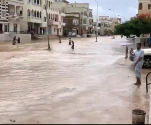 Yemen declares disaster after Cyclone Mekunu; Oman in path next