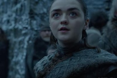 'Game of Thrones': Arya sees a dragon in new HBO teaser