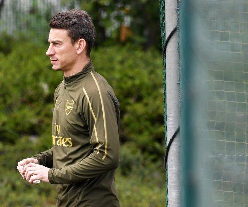 Arsenal captain Laurent Koscielny refuses to go on U.S. soccer tour