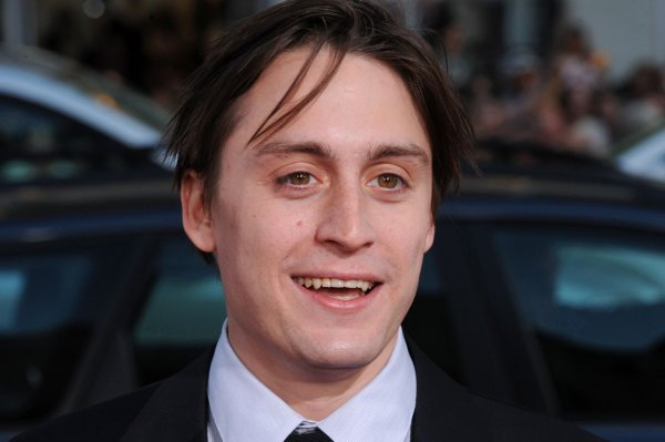 Look: Kieran Culkin, Jazz Charton are parents to daughter