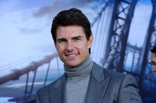 Report: Tom Cruise is not dating Laura Prepon