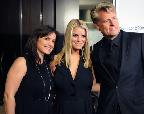 Jessica Simpson's parents separate
