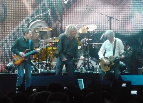 Robert Plant turns down $800 million for Zeppelin reunion