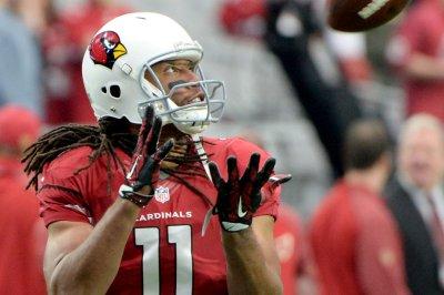 Arizona Cardinals WR Larry Fitzgerald has slight knee sprain
