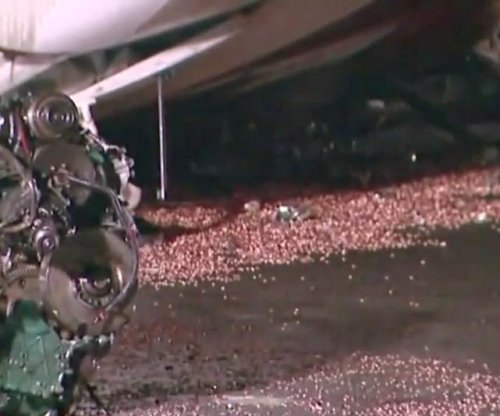 Truck in Delaware overturns, spills thousands of pennies onto I-95