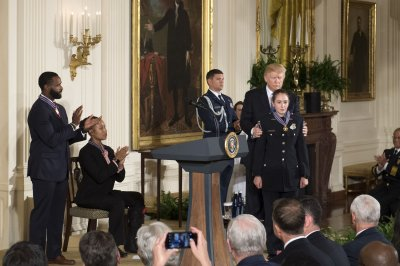 Trump gives Medal of Valor to first responders at Scalise shooting