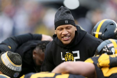 Steelers toll Ryan Shazier's contract into 2019