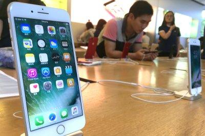 App developers form coalition to battle Apple