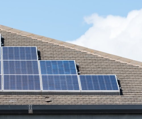 White House to unveil solar panel program for poor areas