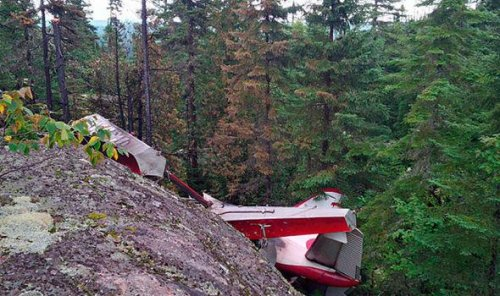 Six bodies recovered from Quebec plane crash