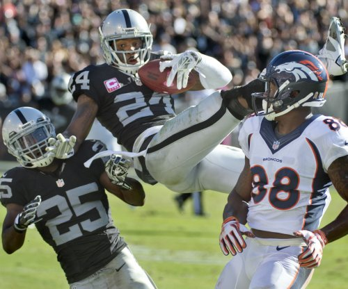 Oakland Raiders say goodbye to safety Charles Woodson