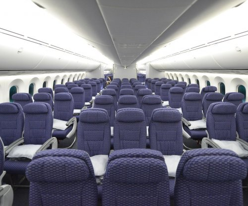 Judge orders FAA to investigate seat room on flights