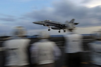 Super Hornet makes emergency landing after engine fire in Virginia