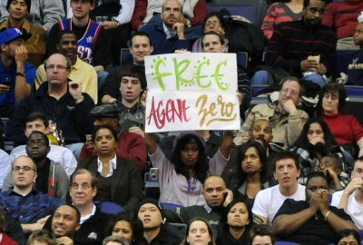 Wizards fine 4 for laughing at Arenas gag