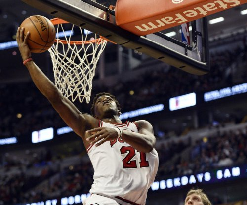 Jimmy Butler's career night leads Chicago Bulls over Knicks
