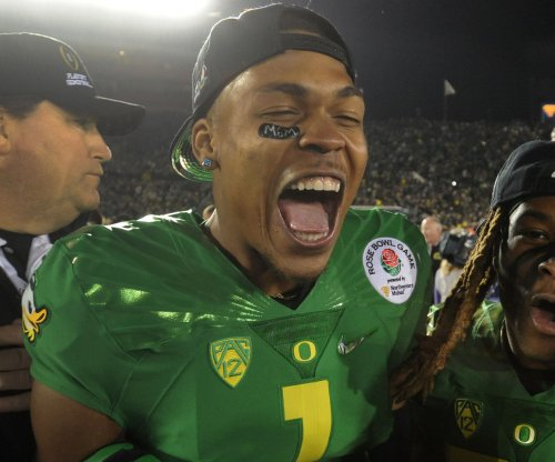Oregon players face discipline for 'No means no' victory chant at Jameis Winston
