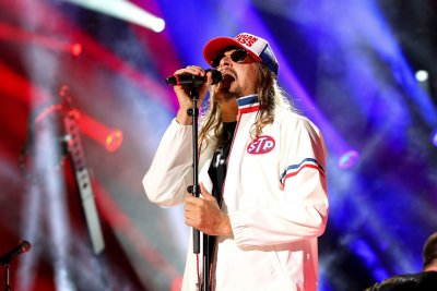 Kid Rock says Rap-Rock is 'gay,' defends his right to call it that