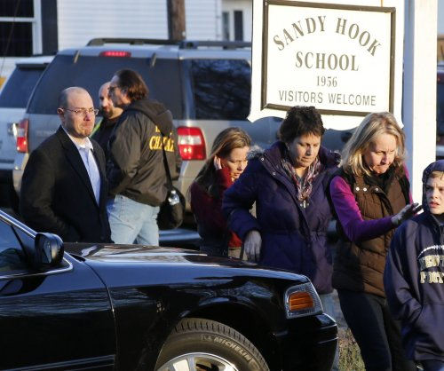 Daughter of Sandy Hook principal appears in new Clinton ad