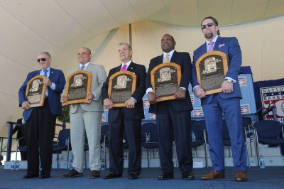 2017 MLB Hall of Fame: Inductees reflect on perseverance in Hall of Fame ceremony