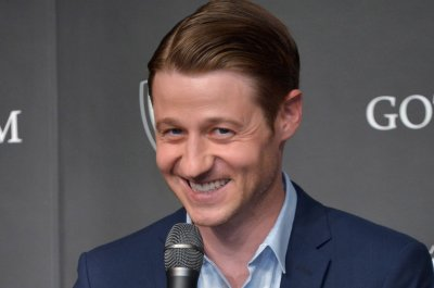 Ben McKenzie to make his Broadway debut in 'Grand Horizons'