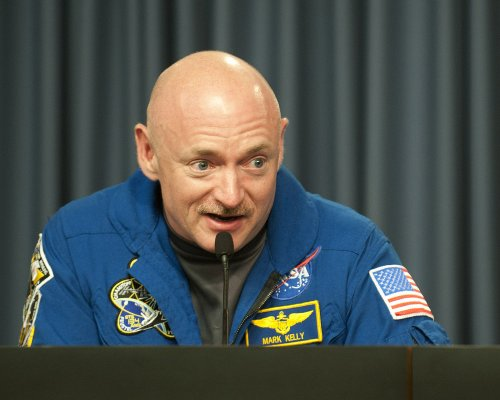 U.S. astronaut Mark Kelly retires