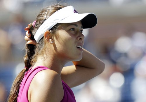 Upsets mark first day of WTA Champions