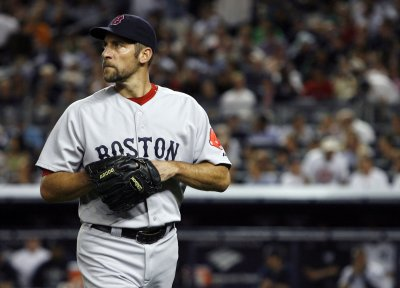 Red Sox release pitcher John Smoltz