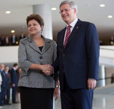 Canadian PM talks business in Brazil