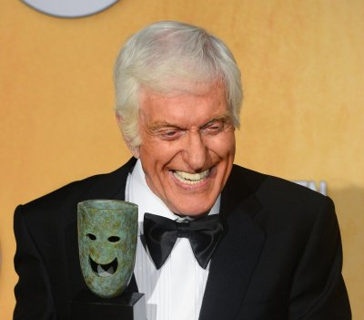 Dick Van Dyke blames titanium dental implants for headaches