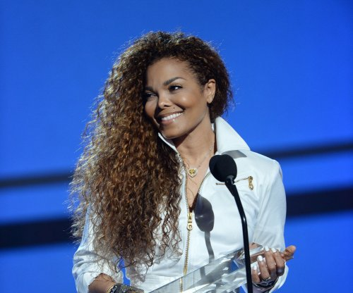 Janet Jackson postpones multiple shows for vocal rest