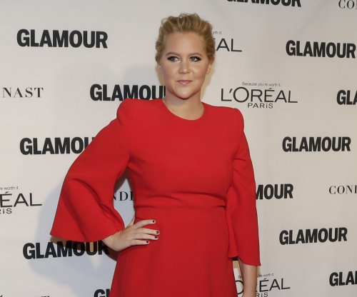 Amy Schumer feels 'overexposed' in new promo for 'Inside Amy Schumer' Season 4