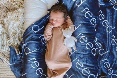 'Bachelor' alum Jade Roper introduces newborn son Reed