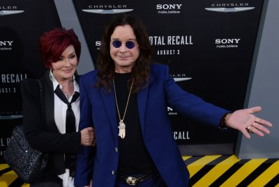 Ozzy and Sharon Osbourne living together again