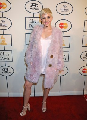 Grammy Awards: Miley Cyrus, Lorde play pre-Grammys Clive Davis gala [PHOTOS]