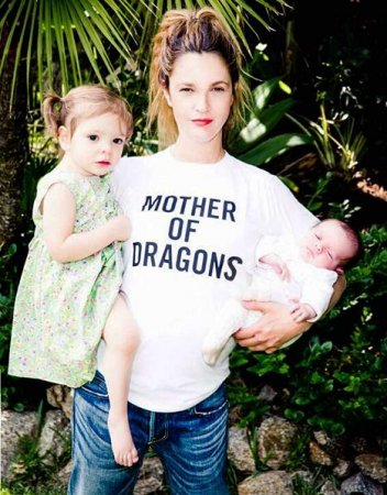 Drew Barrymore shares first photo of baby Frankie