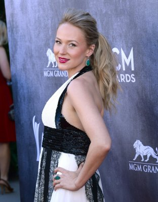 Jewel splits from Ty Murray after almost six years of marriage