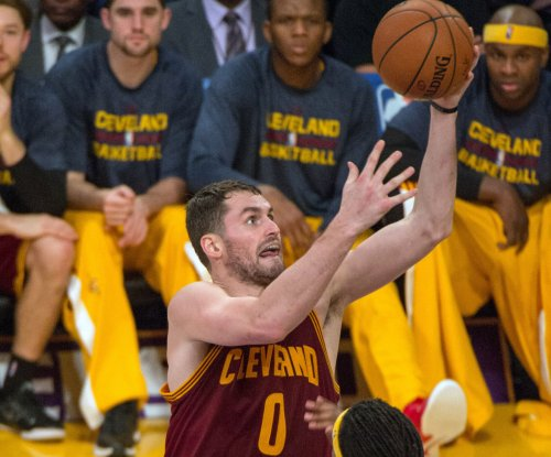 Kevin Love scores 32 as Cleveland Cavaliers crush Lakers