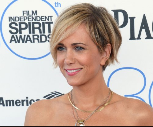 Kristen Wiig, Maya Rudolph to star in IFC's 'Spoils Before Dying' miniseries