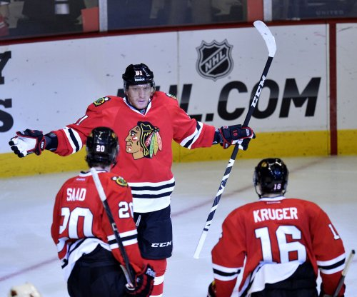 Marian Hossa scores winner as Chicago Blackhawks edge Dallas Stars
