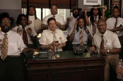 Migos, Jimmy Fallon perform 'Bad and Boujee' with office supplies