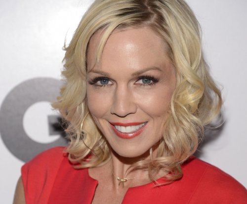 Report: Jennie Garth and Dave Abrams are divorcing