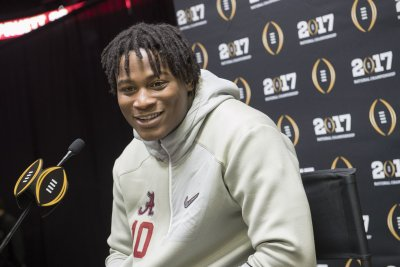 San Francisco 49ers' Reuben Foster: Offseason troubles 'a big learning experience'