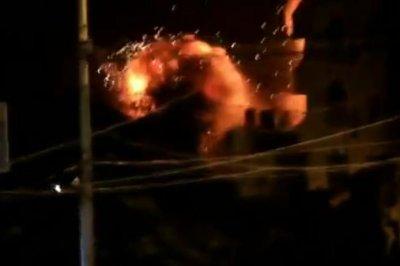 Gaza: Hamas threatens to launch rockets deeper into Israel