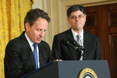 Geithner warns clock is ticking on debt